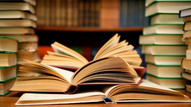 Le terme «nègre littéraire» banni, désormais on parlera de «prête-plume»