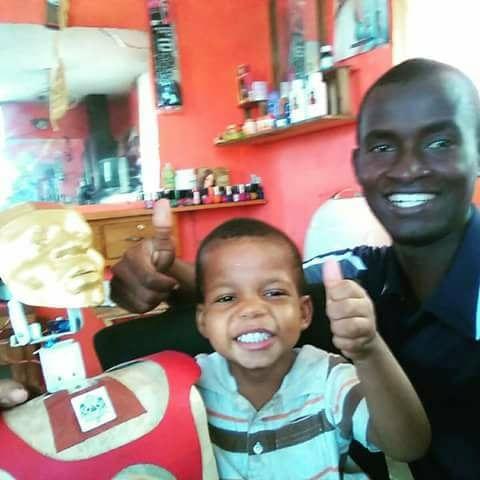 Le robot Dumax : l'outil créé par un père famille haïtien pour son fils autiste