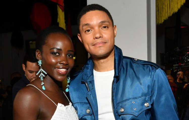 Lupita Nyong'o jouera dans «Born A Crime» la comédie autobiographique de Trevor Noah