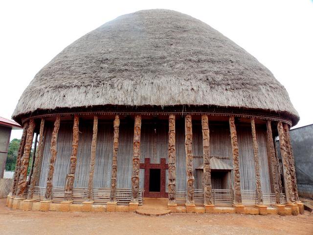 L'architecture monumentale des Bamiléké du Cameroun