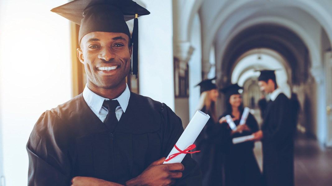 Harvard offre une bourse de 150 000 dollars à ses étudiants pour travailler en Afrique