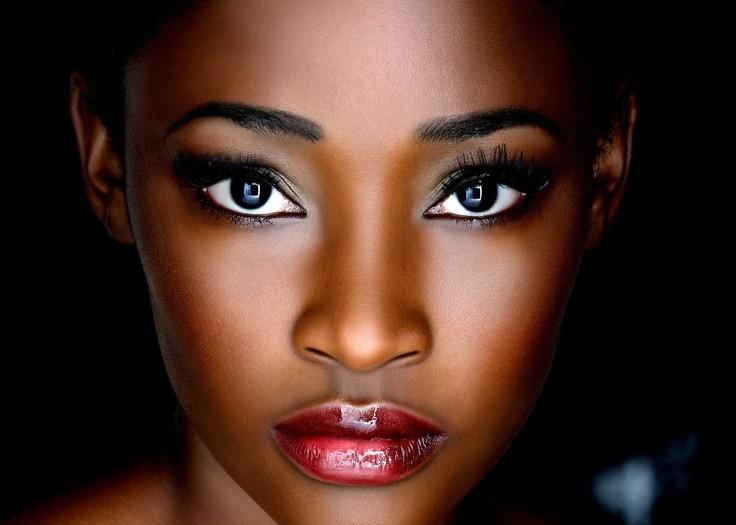 L'art de maquiller les peaux noires