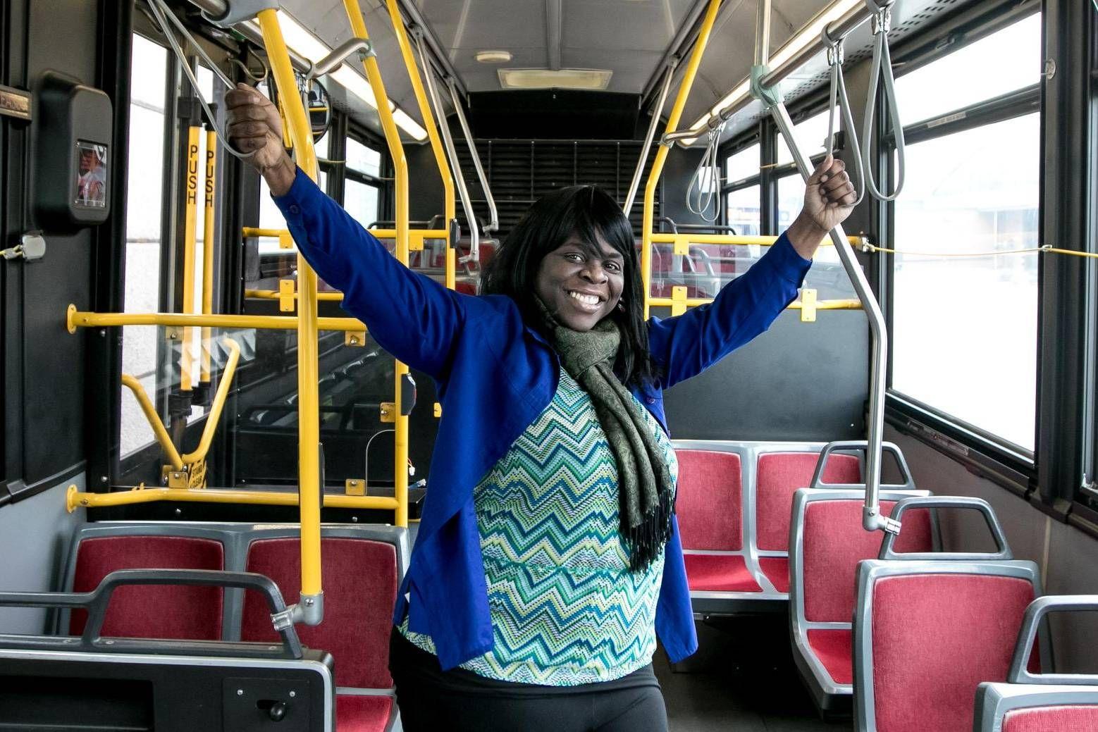 Cette femme a fait d'un bus une douche mobile pour les sans-abris