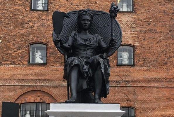 La statue de la reine rebelle Mary Thomas, trône désormais au Danemark
