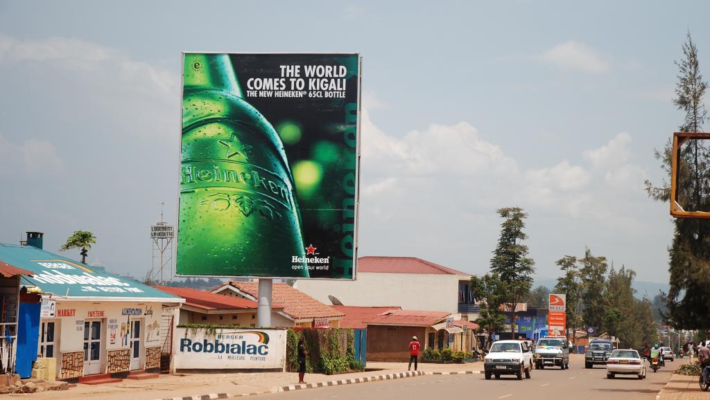 Affiche publicitaire d'Heineken au Rwanda