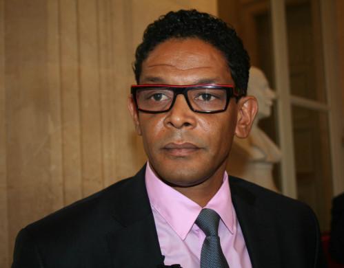 Le député Nilor veut interdire le «drapeau aux 4 serpents»