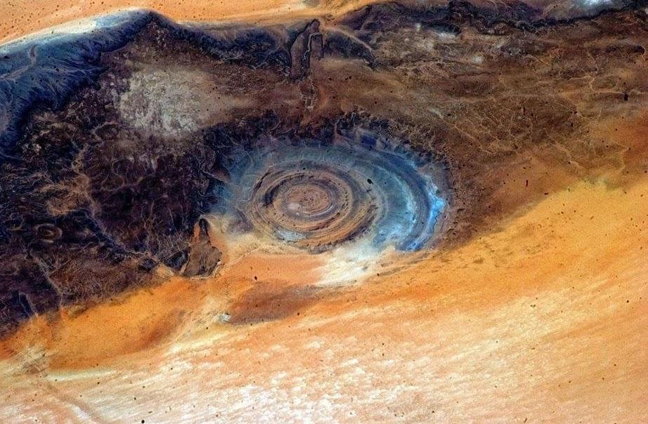L'incroyable «œil de l'Afrique» au cœur du Sahara