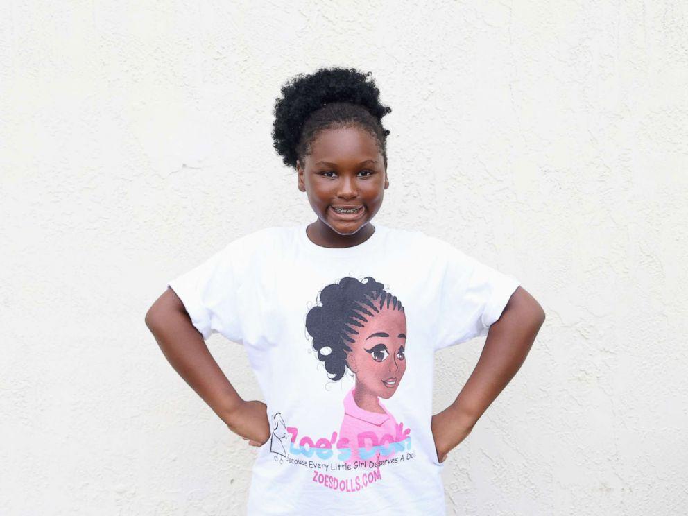 A 11 ans, elle crée «Zoe's Dolls» et offre 20 000 poupées noires aux plus démunis