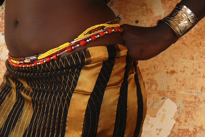 La ceinture de hanches, une sorte de lingerie traditionnelle africaine