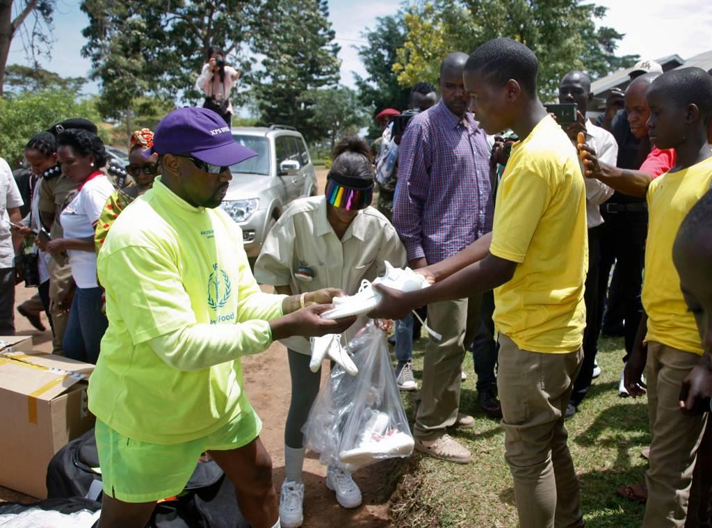 Pourquoi Kanye West et sa famille sont en Ouganda?