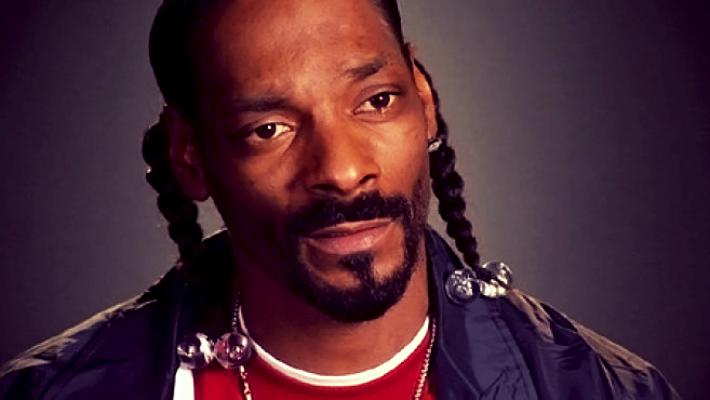 Snoop Dogg insulte Kanye West «d'Oncle Tom» pour son soutien à Trump