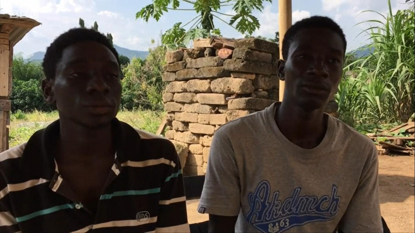 Ces jeunes frères transforment du manioc en électricité