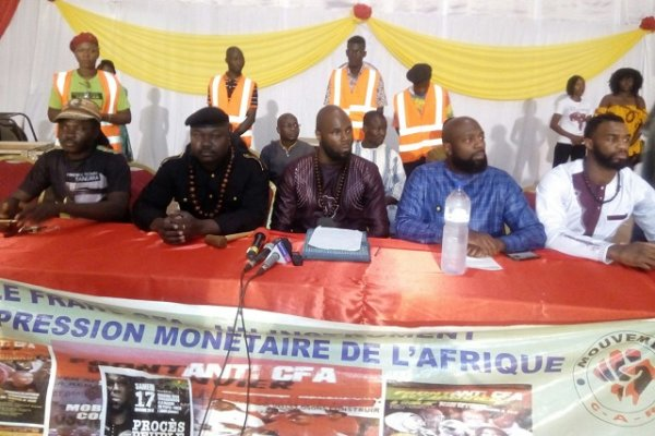 Kemi Seba initie les « Procès du Peuple contre la Françafrique »