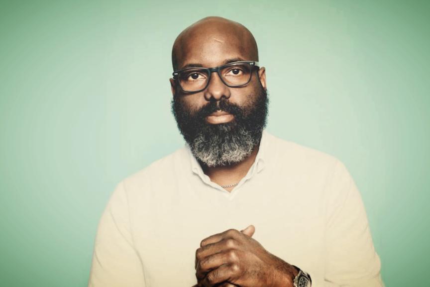 Après 18 ans, Essence Magazine est de nouveau détenu par un afro