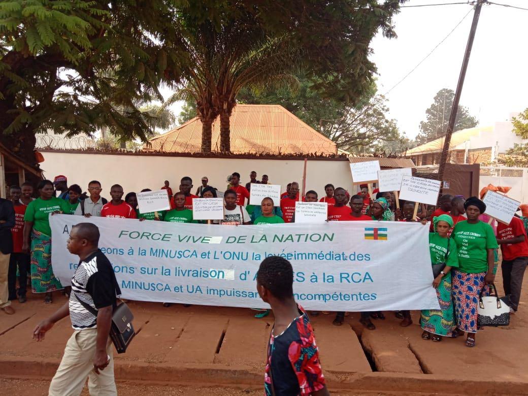 « Trop c'est trop » – les habitants de Bangui veulent la paix