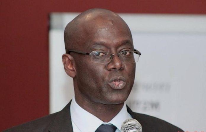 Ce ministre démissionne car il refuse de signer un contrat avec Total