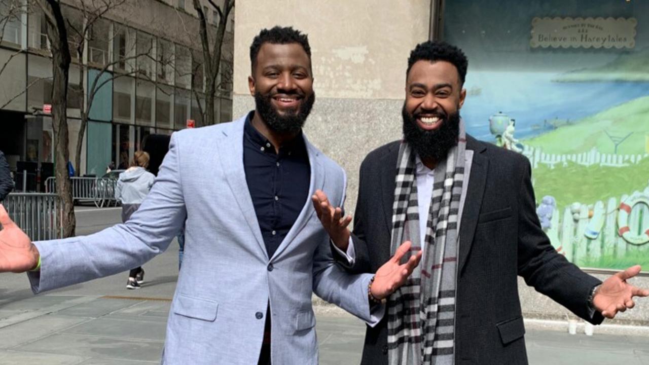 Après 12 ans, ces amis découvrent qu'ils sont frères