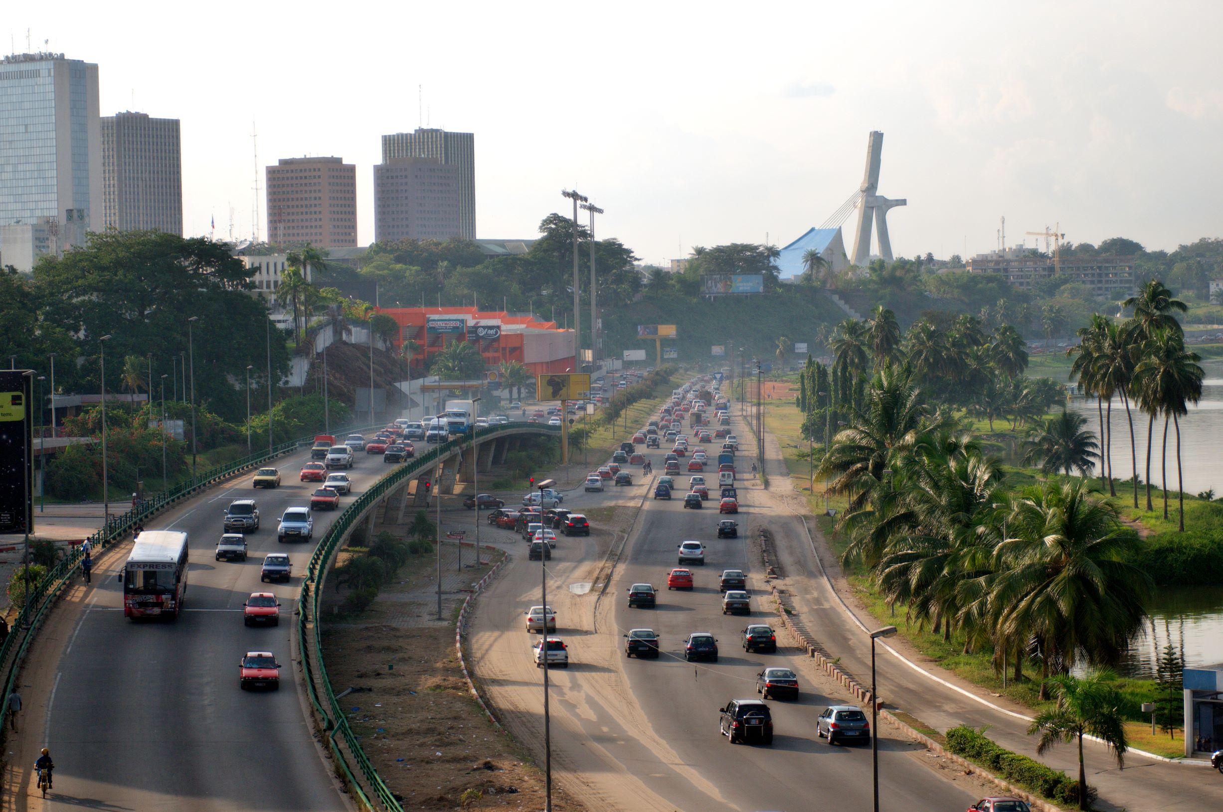 Abidjan, capitale de la débrouille: 5 métiers à (re)découvrir
