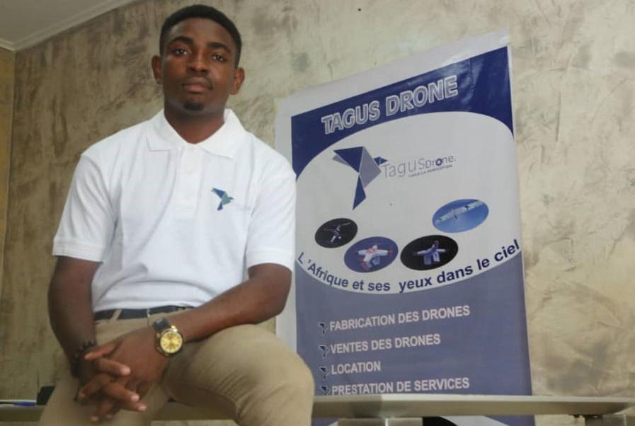 Ce Camerounais a inventé un drone solaire pour combattre Boko Haram