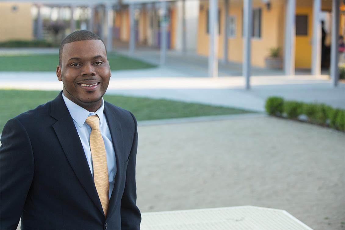 Coronavirus : ce maire offre 500$ par mois aux plus défavorisés de sa ville