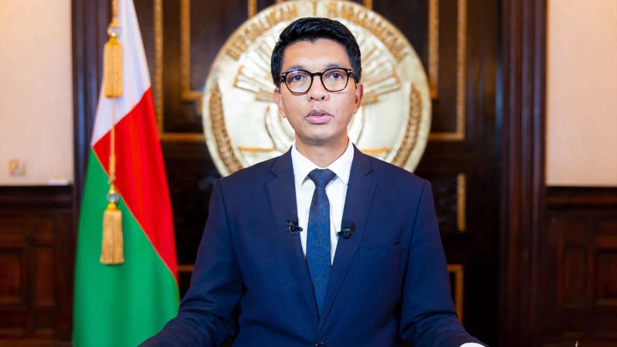 Rajoelina : «Le problème avec le Covid Organics, c'est qu'il vient d'Afrique»