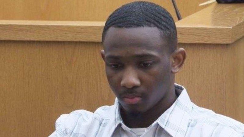 Il est condamné à 55 ans de prison, alors que la police a tué son ami