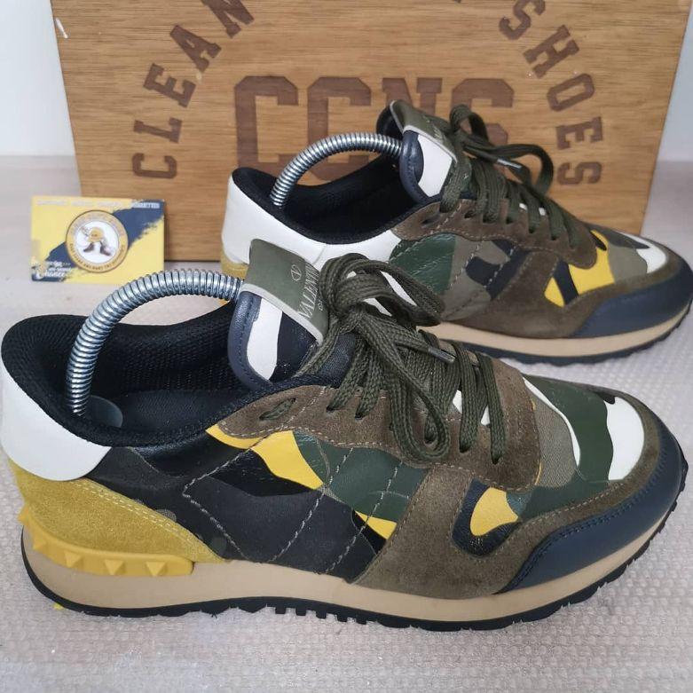 Clean Cap'N Shoes