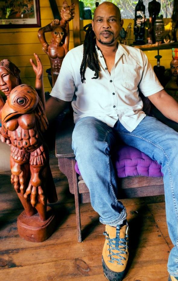 Thierry Gillon, alias «Pwofésè» est un sculpteur et graveur guadeloupéen.