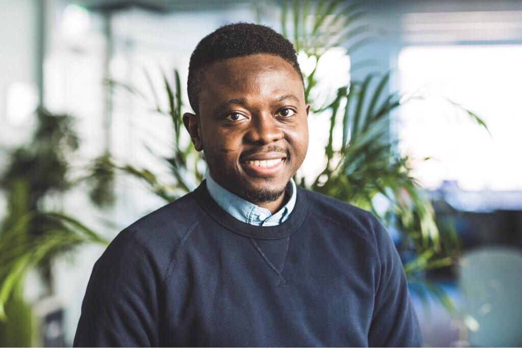 Adebayo Alonge a créé un scanner qui détecte les faux médicaments en 20 secondes