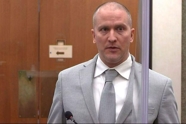 Derek Chauvin condamné à 22 ans et demi pour la mort de George Floyd
