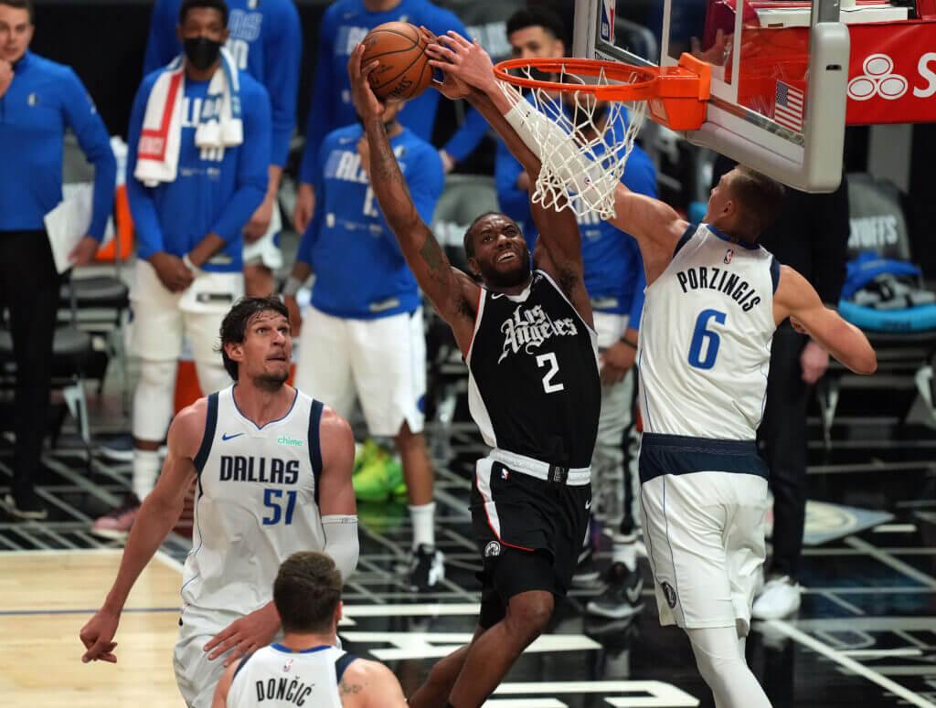 LE DOUBLE CHAMPION NBA KAWHI LEONARD RENVOIE DALLAS DANS SON UNIVERS IMPITOYABLE