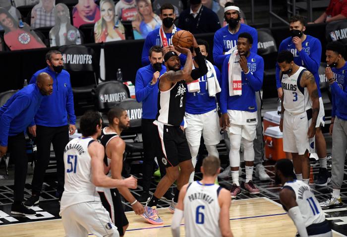 PLAYOFFS : LE DOUBLE CHAMPION NBA KAWI LEONARD ET SES COÉQUIPIERS RENVOIENT DALLAS DANS SON UNIVERS IMPITOYABLE