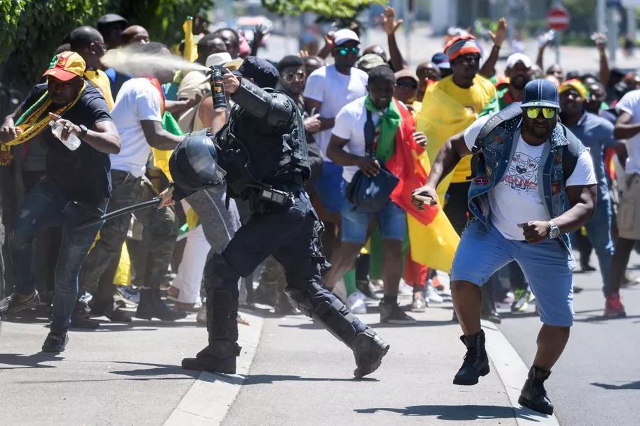 Manifestation contre Paul Biya