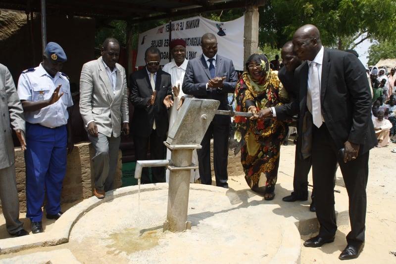 Word For Tchad, pour l'accès à l'eau potable et le droit à l'éducation